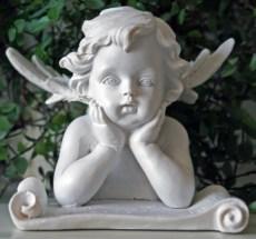 statuette-ange-lecteur (Copier)
